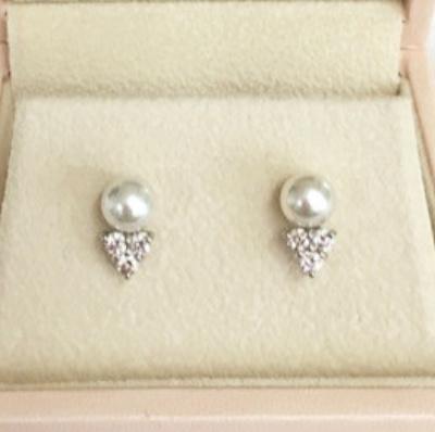 アコヤ真珠とダイヤモンドのピアス